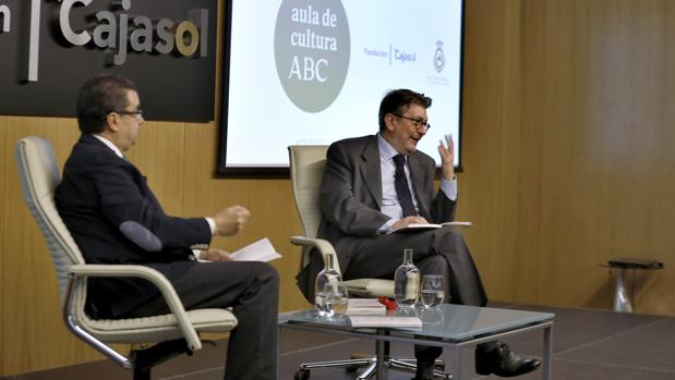 Ignacio Camacho responde a las preguntas formuladas por Francisco Robles