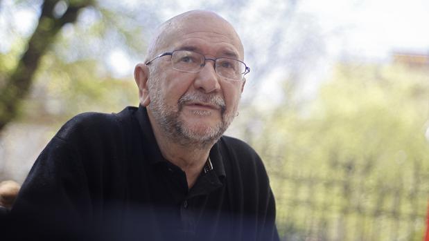 El escritor zaragozano afincado en Sevilla José María Conget