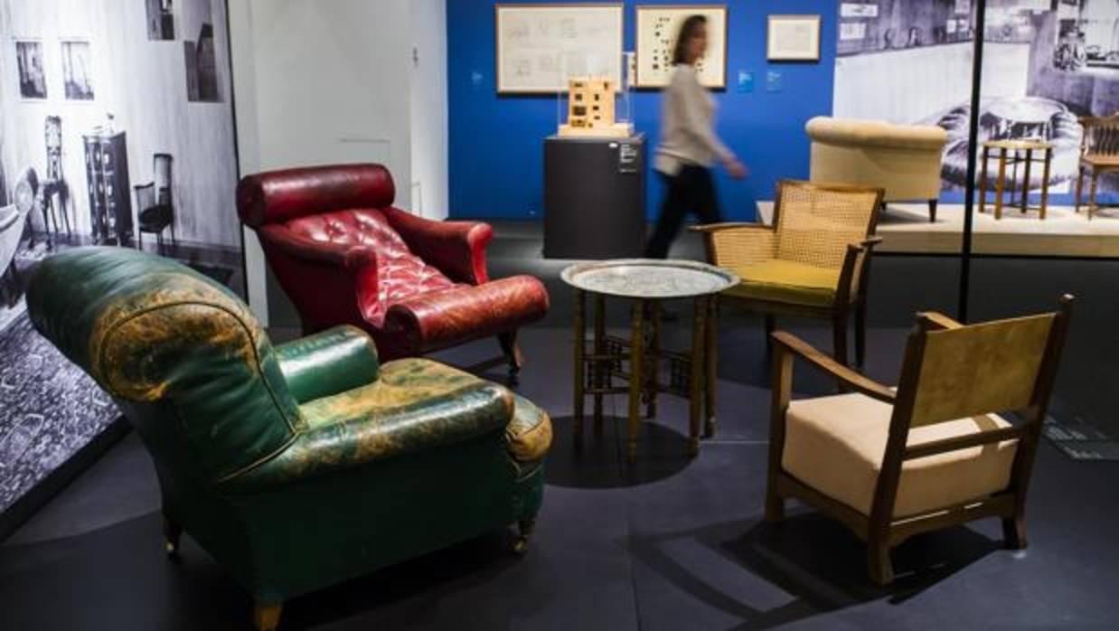 El arquitecto seg n adolf loos es un alba il que sabe for Registro bienes muebles sevilla