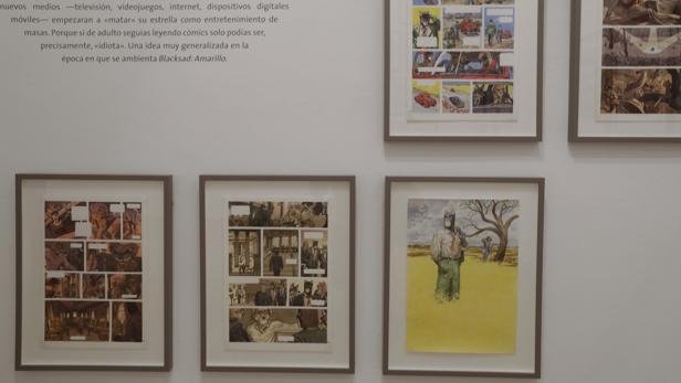 La muestra incluye originales de todas las obras premiadas