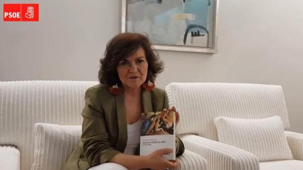 Carmen Calvo recomeinda «Ensayos sobre el bien y el mal» para este verano