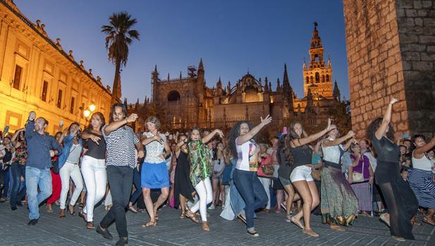 oreografía de Farruquito para el flashmob flamenco de la Bienal de Sevilla 2016
