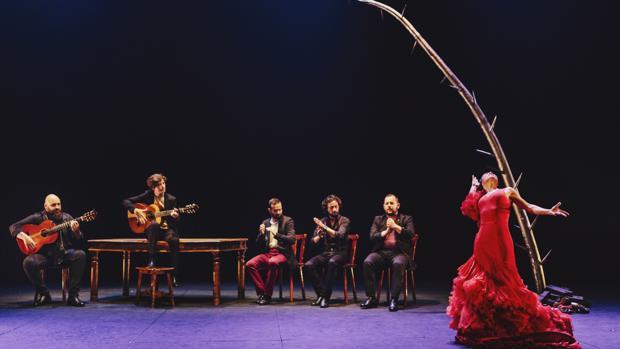Olga Pericet durante su actuación en el Teatro Central