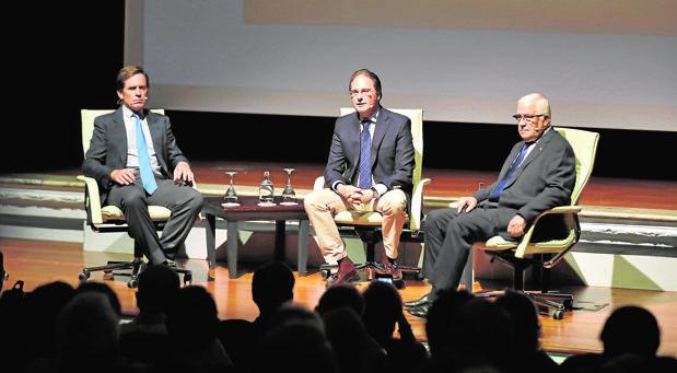 Dávila Miura, José Enrique Moreno y Abel Moreno
