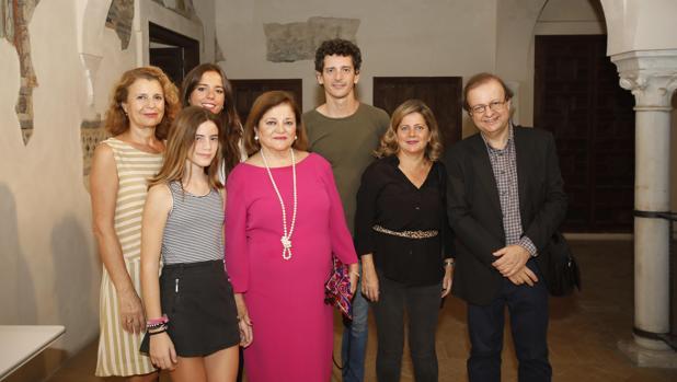 La familia de Manuel Ferrand asistió al coloquio en la Casa de los Poetas
