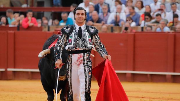 Morante de la Puebla en la pasasa Feria de San Miguel de Sevilla