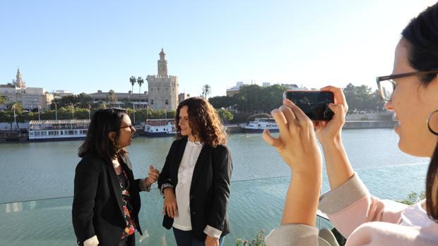 Nuria Lupiáñez y Verónica Durán, directoras de la Feria del Libro