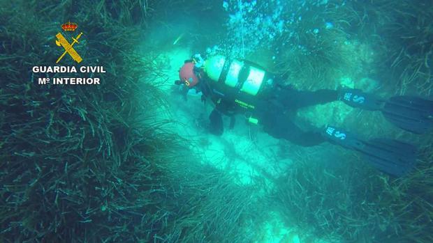 La Guardia Civil encuentra un ancla romana en aguas de Mallorca