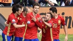 Piqué: «Mi hijo está ahí en la grada, con la camiseta de España»