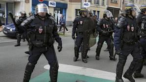 Interceptan a radicales alemanes con destino a la Eurocopa