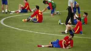 España olvida su derrota ante Croacia con un día de fiesta