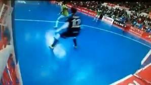 Paradynski atrae los focos con un gol de genio