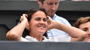 Conchita Martínez, durante el partido de Garbiñe Muguruza contra Venus Williams en Wimbledon