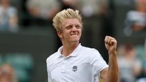 Alejandro Davidovich celebra su victoria en Wimbledon