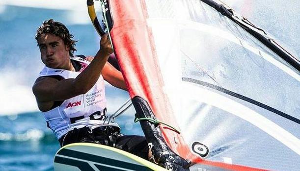 Fernando Lamadrid, campeón ibérico de Fórmula Windsurfing