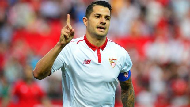 Vitolo celebra un gol en el Sevilla-Osasuna