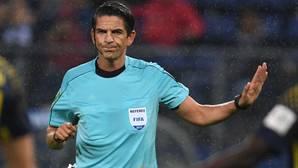 El árbitro alemán Deniz Aytekin