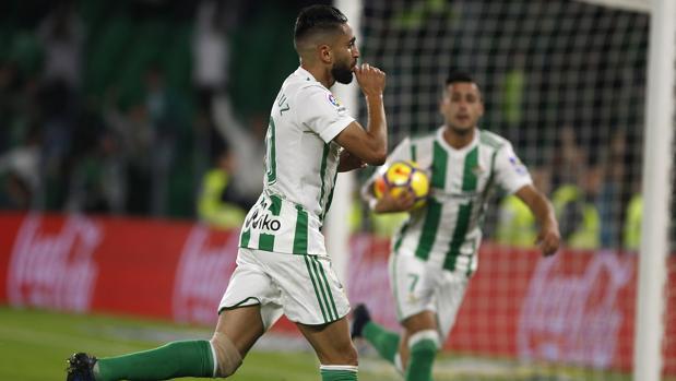 Hemeroteca: En directo: el Real Betis - Girona | Autor del artículo: Finanzas.com