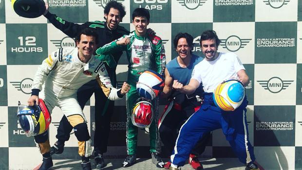 De izq. a der.: De la Rosa, Galle (amigo y asistente de Alonso), Vidales, Burgeño y Alonso