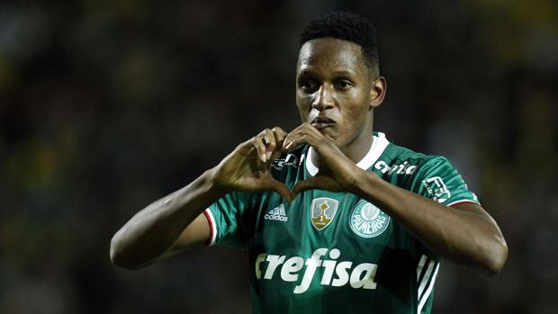 Yerry Mina celebra un gol con el Palmeiras