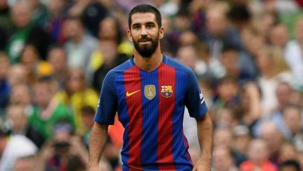 Arda Turan durante uno de sus partidos con el Barcelona