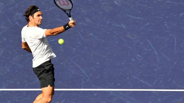Roger Federer en su partido contra Filip Krajinović