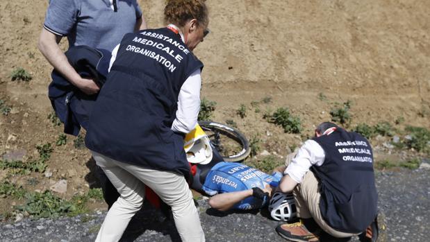 Goolaerts, atendido por los médicos de la carrera