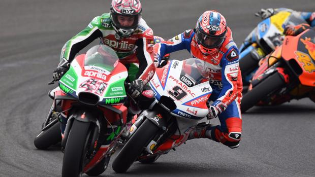 Imagen del incidente entre Espargaró y Petrucci