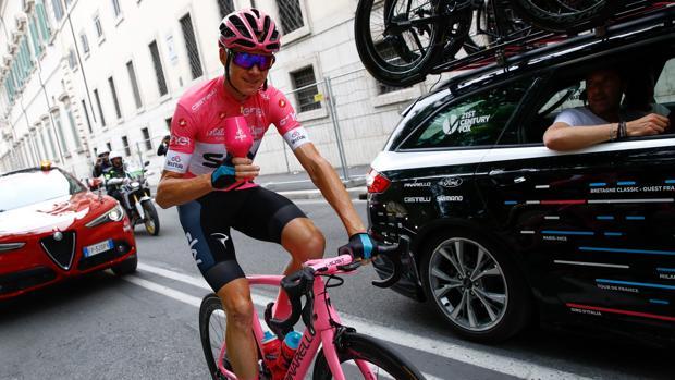 Chris Froome celebra su primer Giro por las calles de Roma