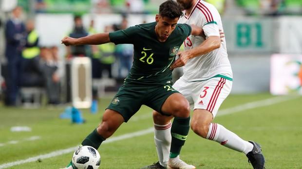 Arzani, durante un partido con su selección ante Hungría