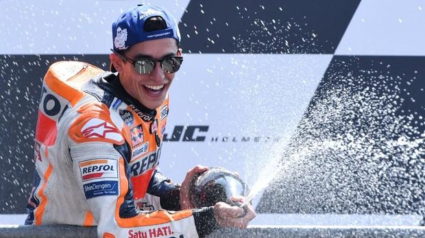 Márquez celebrando su podio con Honda en el gran Premio de Francia 2018
