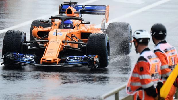 Fernando Alonso durante los entrenamiento libres del GP de Francia