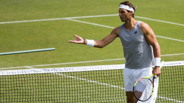 Nadal, entrenando para Wimbledon