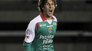 Lucas Domínguez, la opción chilena
