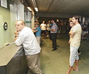 El club anuncia la pr xima apertura de la oficina de for Oficina atencion al socio real madrid