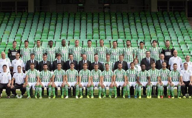 Foto Oficial de la plantilla y el cuerpo técnico temporada 2013-2014
