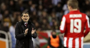 El técnico del Athletic, Ernesto Valverde, durante un partido