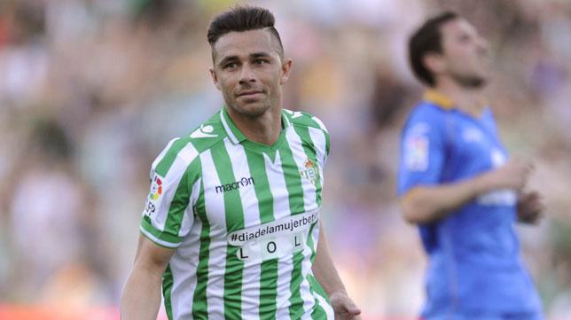 Rubén Castro celebra el gol que le marcó al Getafe