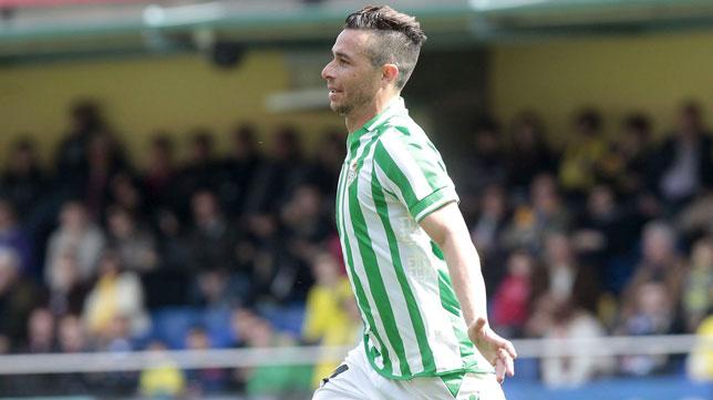 Rubén Castro celebra su gol en Villarreal