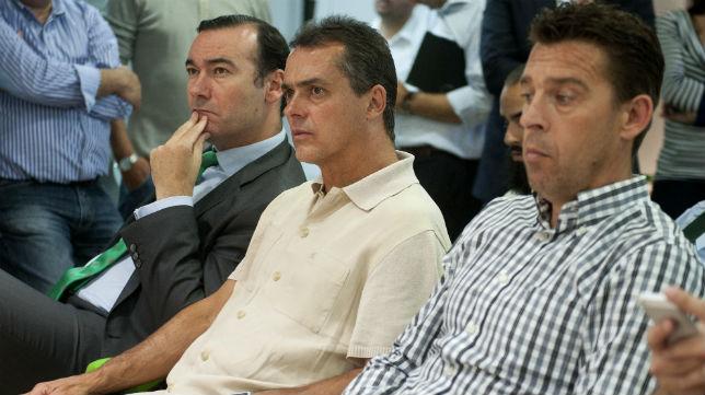 Fernando Casas, Alexis y Cañas, en la despedida de Calderón