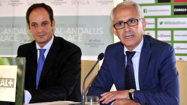 Federico Martínez Feria, director general del Betis, en un acto