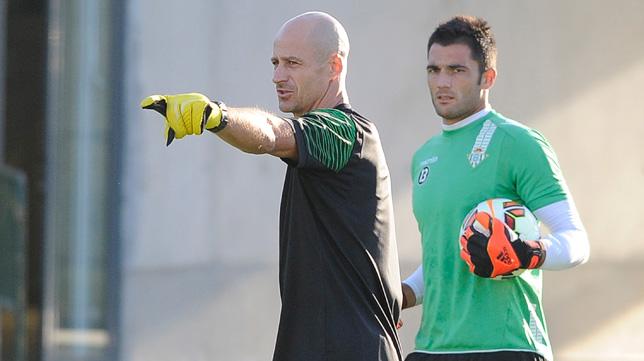 Adán, junto a Kike Burgos, en un entrenamiento