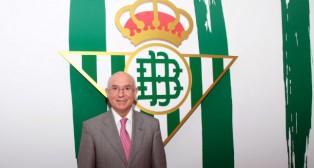 Lorenzo Serra Ferrer, en las instalaciones del Benito Villamarín