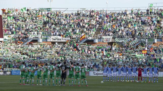La afición del Betis en Huelva (Foto: Alberto Díaz)