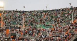 Imagen de los aficionados béticos en el Valencia-Betis del curso 15-16