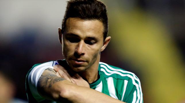 http://sevilla.abc.es/deportes/alfinaldelapalmera/wp-content/uploads/2015/11/Ruben_Brazo_levante.jpg