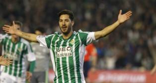 Cejudo celebra su gol en el Betis-Real Madrid