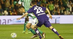 Ceballos y Juanpi, durante el Betis-Málaga