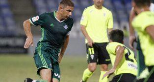 Poyet ya garantizó la titularidad de Joaquín (foto: Alberto Díaz)