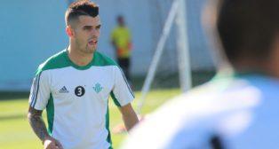 Álex Martínez ya está recuperado (foto: Real Betis)